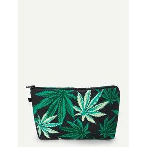 Leaf Print Makeup Bag 🍃